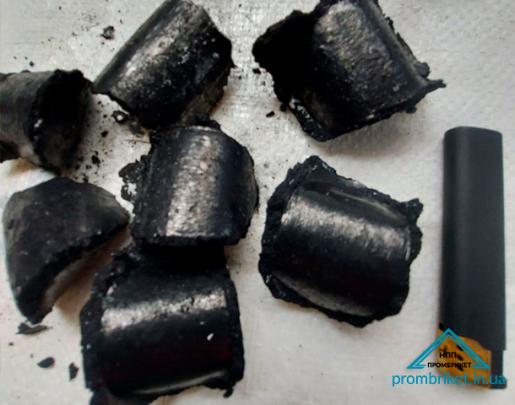 Carbonizing briquettes
